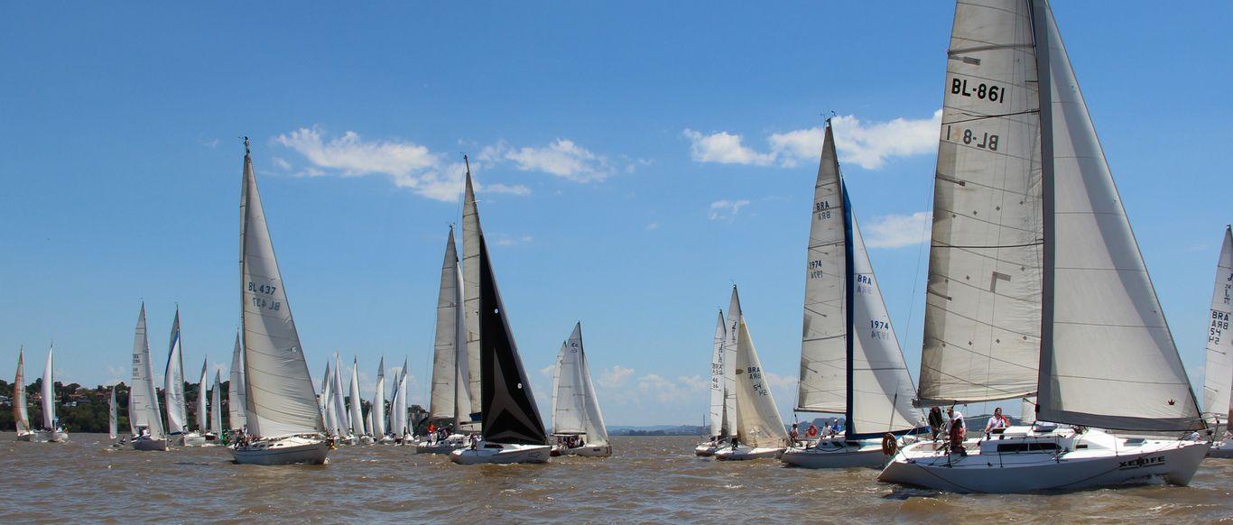 Regata de Oceano dos 83 anos teve número elevado de participantes com 48 barcos na raia